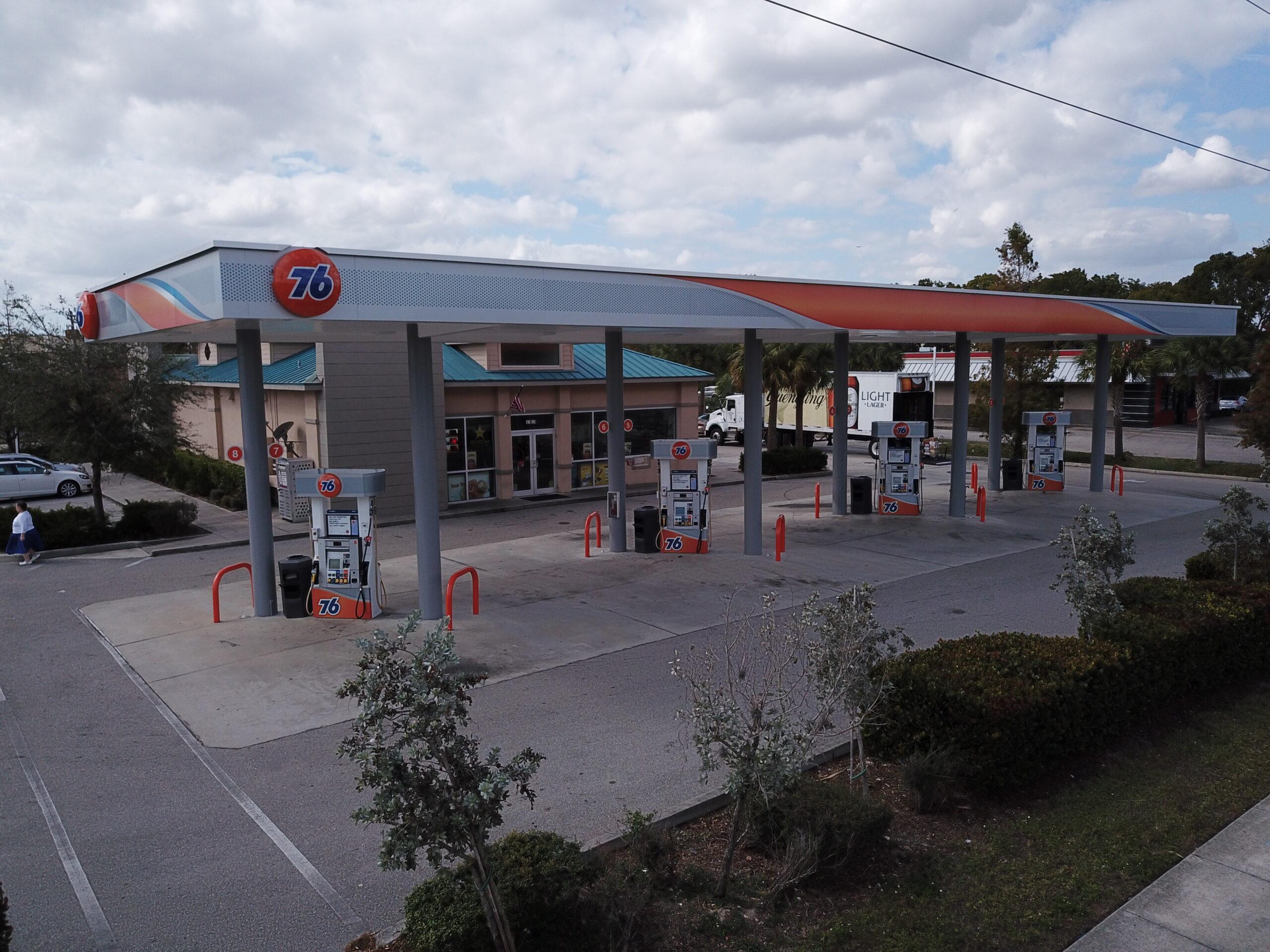 76 Gas Station Fort Myers, FL (Cleveland)